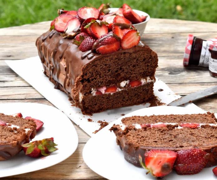 Gâteau au chocolat et crème fraise au thermomix
