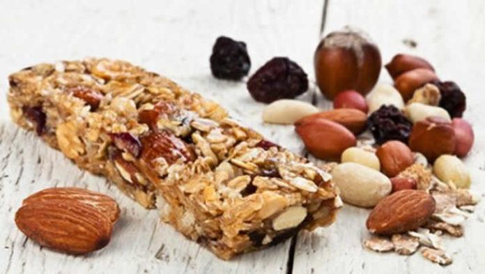 barres aux céréales et aux fruits secs