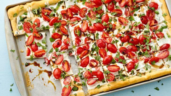 Pizza aux chèvre frais et tomate cerise WW