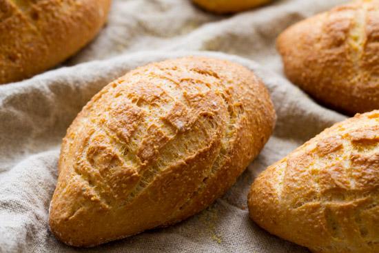 Pains à la farine de maïs au Thermomix