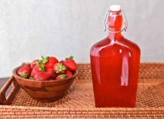 sirop avec les queues de fraises au thermomix