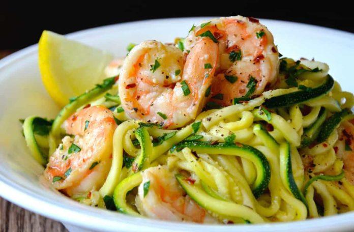 Spaghettis aux crevettes et courgettes Weight Watchers